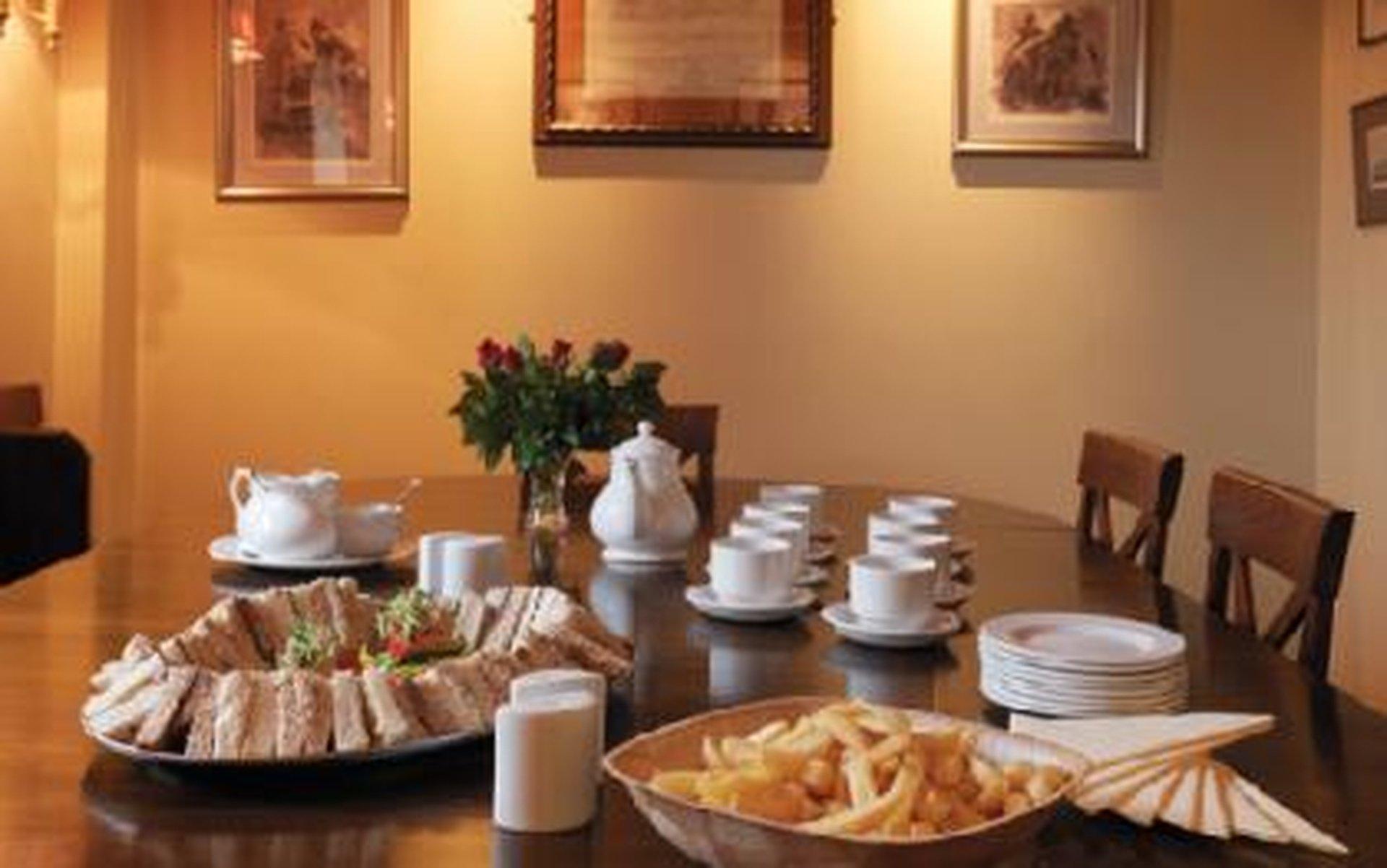 Rest of the World training rooms Restaurant The White Bear - Lightfoot Room image 1