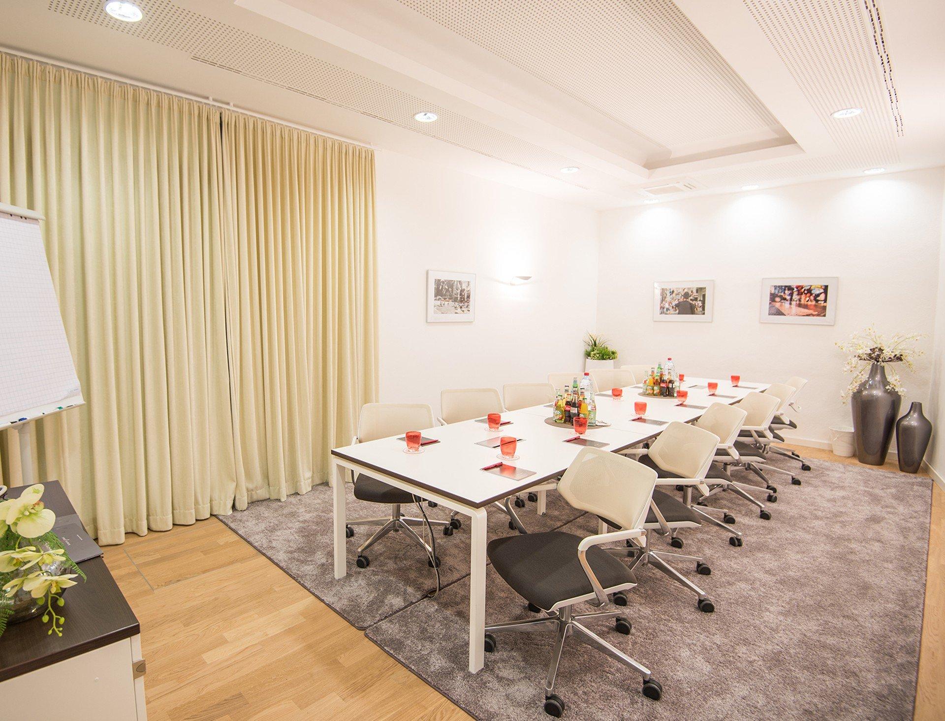 Munich Besprechungsräume Meeting room Satellite Office - Alte Hopfenpost - Stachus image 1