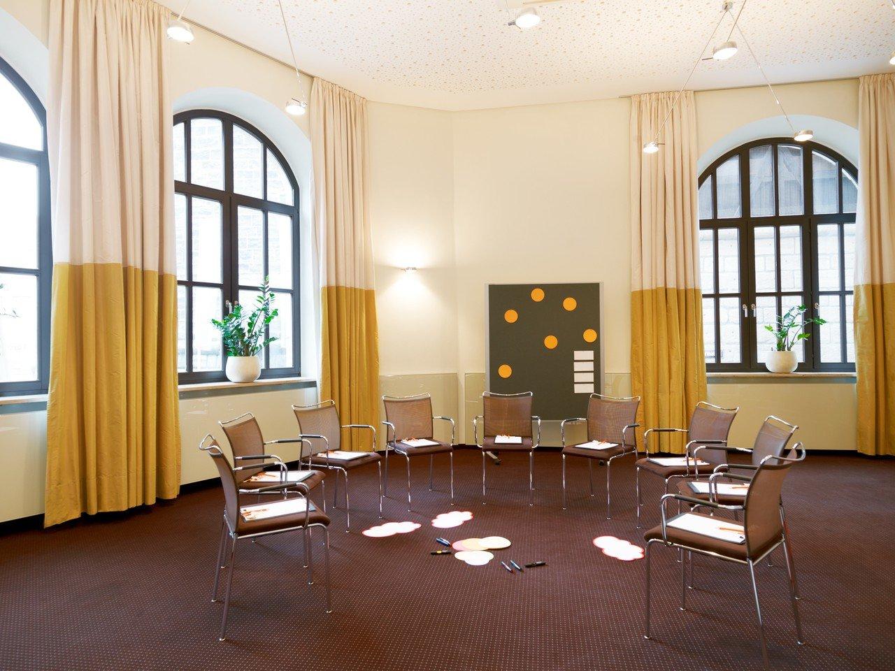 Nuremberg Train station meeting rooms Salle de réunion Hotel Victoria IdeenReich image 0