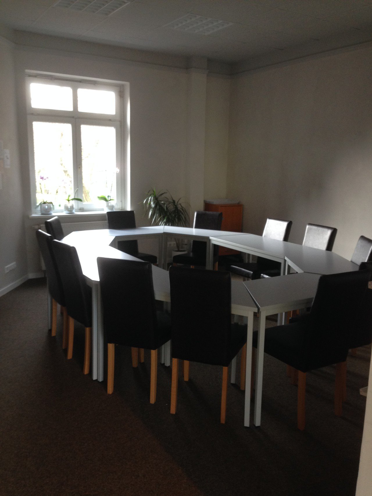 Hamburg conference rooms Coworking space interact! languages connect image 0