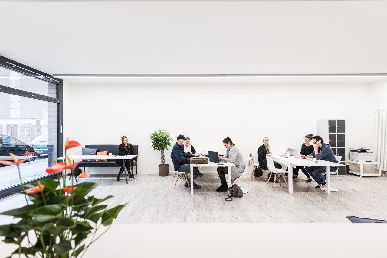 Berlin Train station meeting rooms Espace de Coworking AMAPOLA Coworking image 0