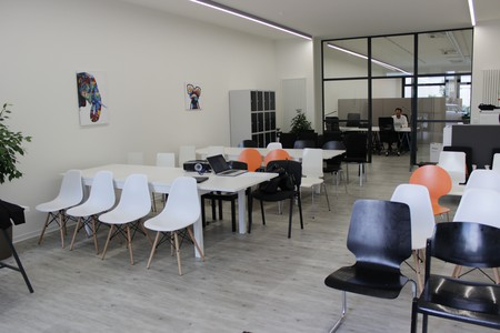 Berlin Train station meeting rooms Coworking space AMAPOLA Coworking image 6