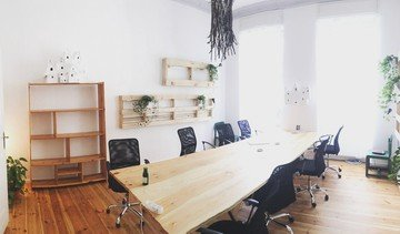 Berlin seminar rooms Espace de Coworking tuesday coworking - open monday to friday image 4