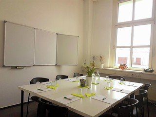 Berlin Konferenzräume Meetingraum Sprachinstitut Berlin  - Room A image 1