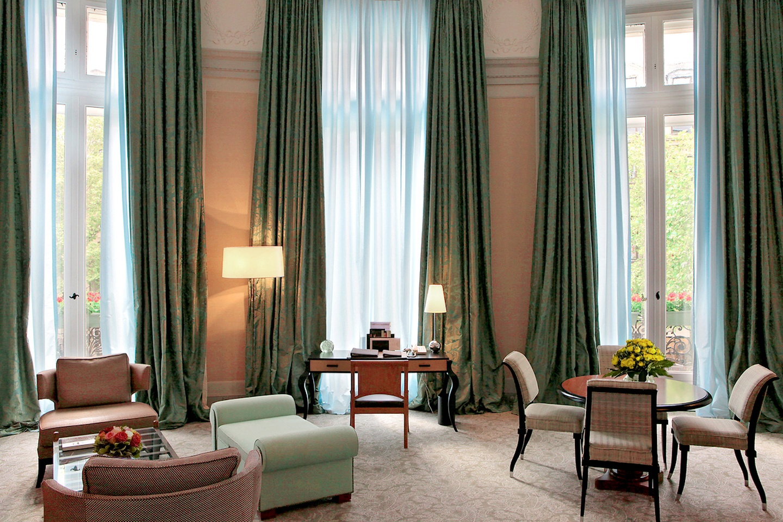 Paris seminar rooms Meeting room Luxury Club lounge image 3