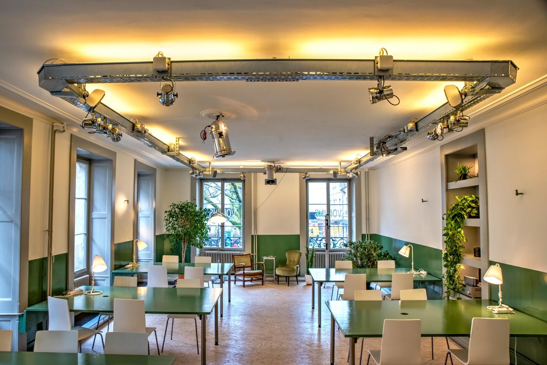 Autres villes workshop spaces Espace de Coworking Salle d'événements - workshop PDG image 2