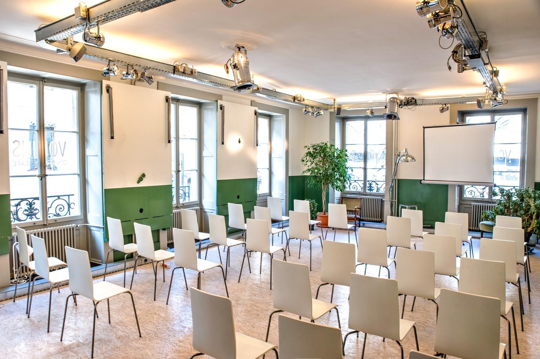 Autres villes workshop spaces Espace de Coworking Salle d'événements - workshop PDG image 1
