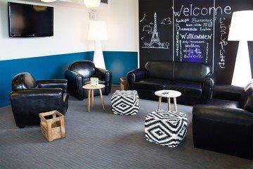 Paris workshop spaces Meetingraum Panoramic coworking area image 2