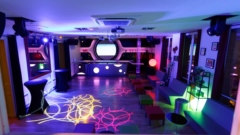 Paris corporate event venues Partyraum Le Salon Lafayette image 1