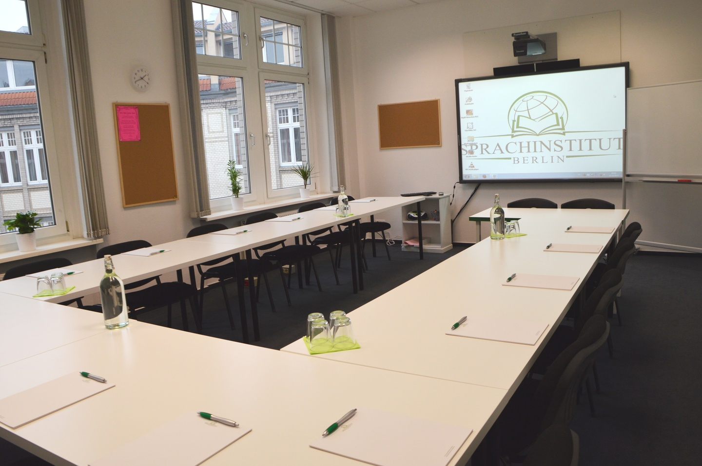 Berlin training rooms Meeting room Sprachinstitut Berlin - Room 2 image 0