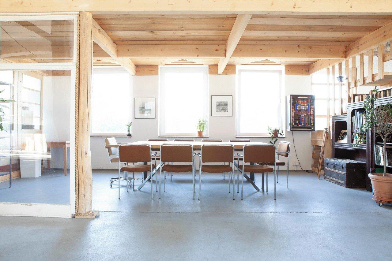 lux asa mieten in berlin. Black Bedroom Furniture Sets. Home Design Ideas
