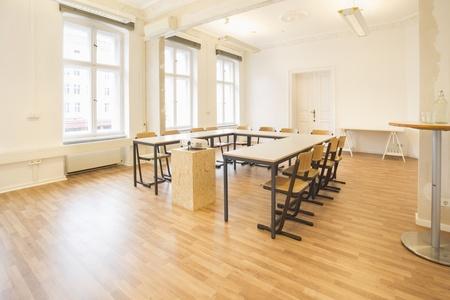 Berlin training rooms Espace de Coworking juggleHUB Coworking - Conference Room image 6