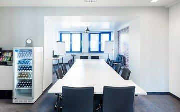 Berlin seminar rooms Meeting room Generator Hostel Prenzlauer Berg - Meeting Room image 0