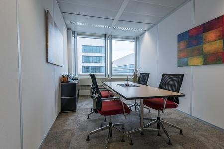 Frankfurt conference rooms Meeting room ecos office center eschborn image 9