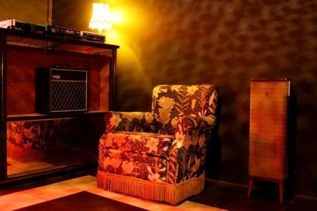 Paris corporate event venues Partyraum Le Petit Club - Favela image 12