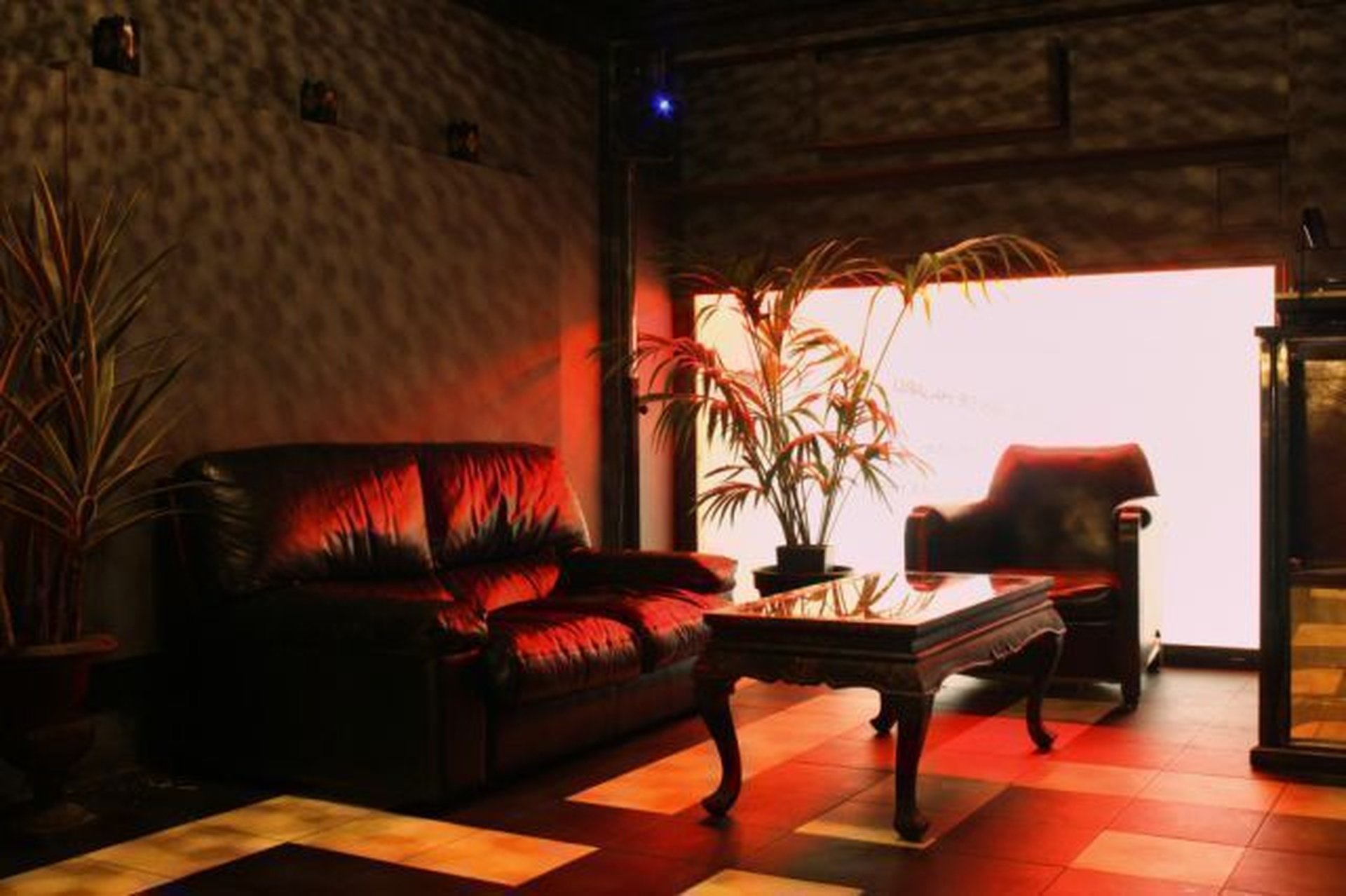 Paris corporate event venues Party room Le Petit Club - Favela image 0