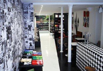 Paris workshop spaces Besonders Walrus image 3