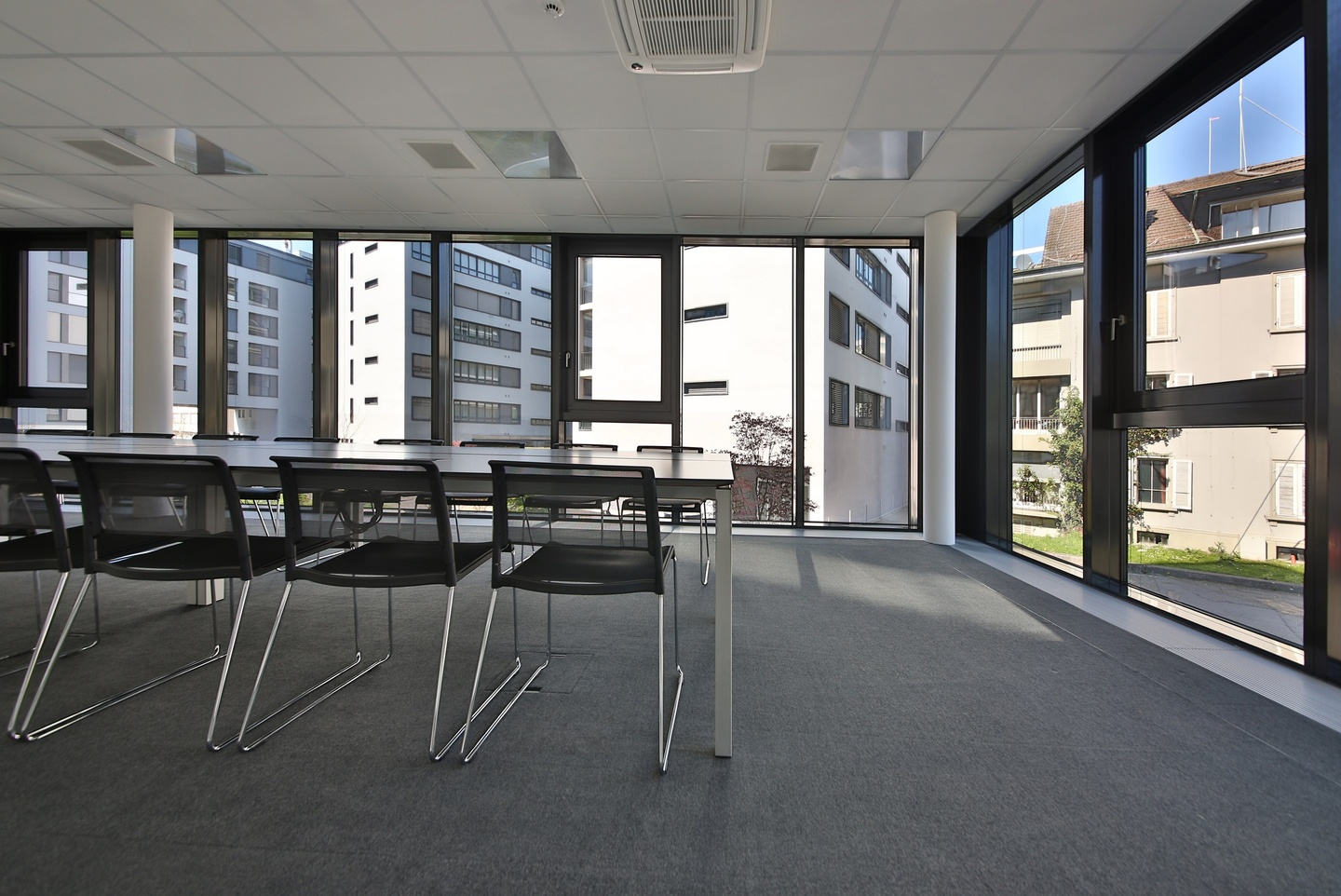 Rest of the World training rooms Meeting room Lakeside Business Center  image 2