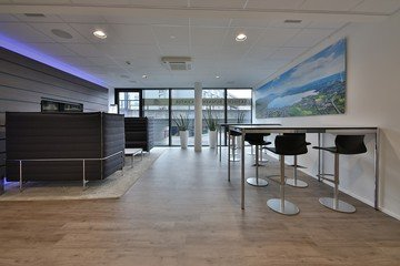 Rest der Welt training rooms Meetingraum Lakeside Business Center image 3