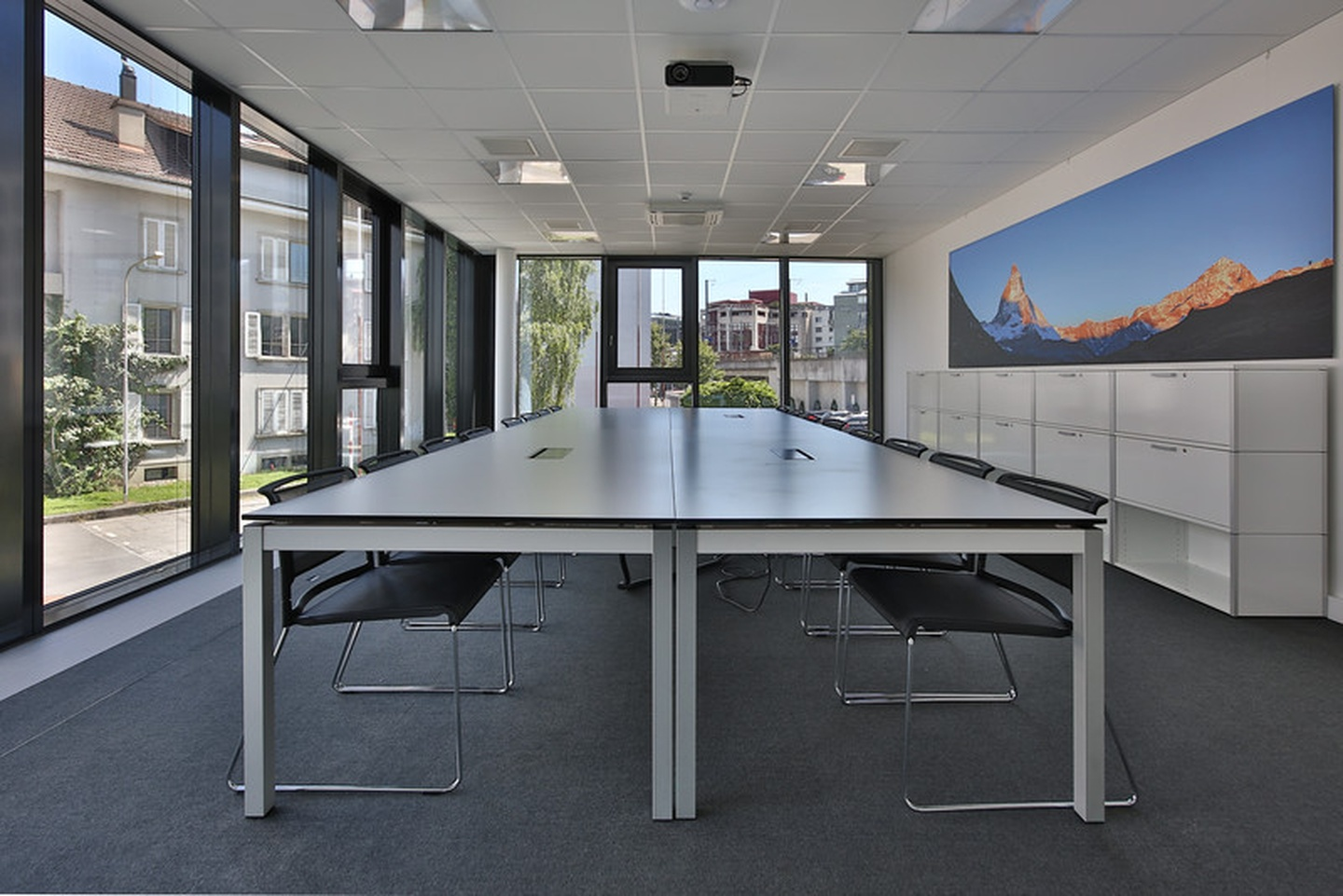 Rest of the World training rooms Meeting room Lakeside Business Center  image 0