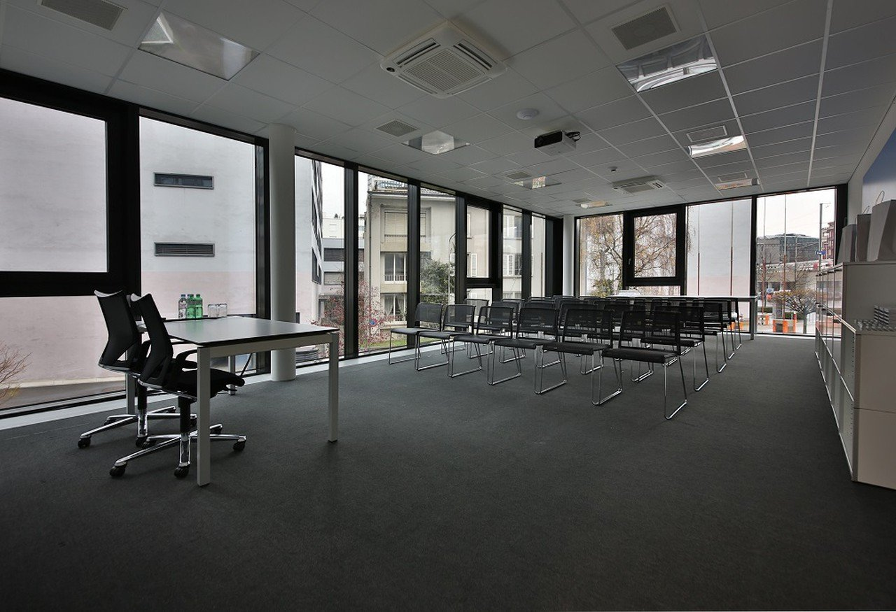 Rest der Welt training rooms Meetingraum Lakeside Business Center image 1
