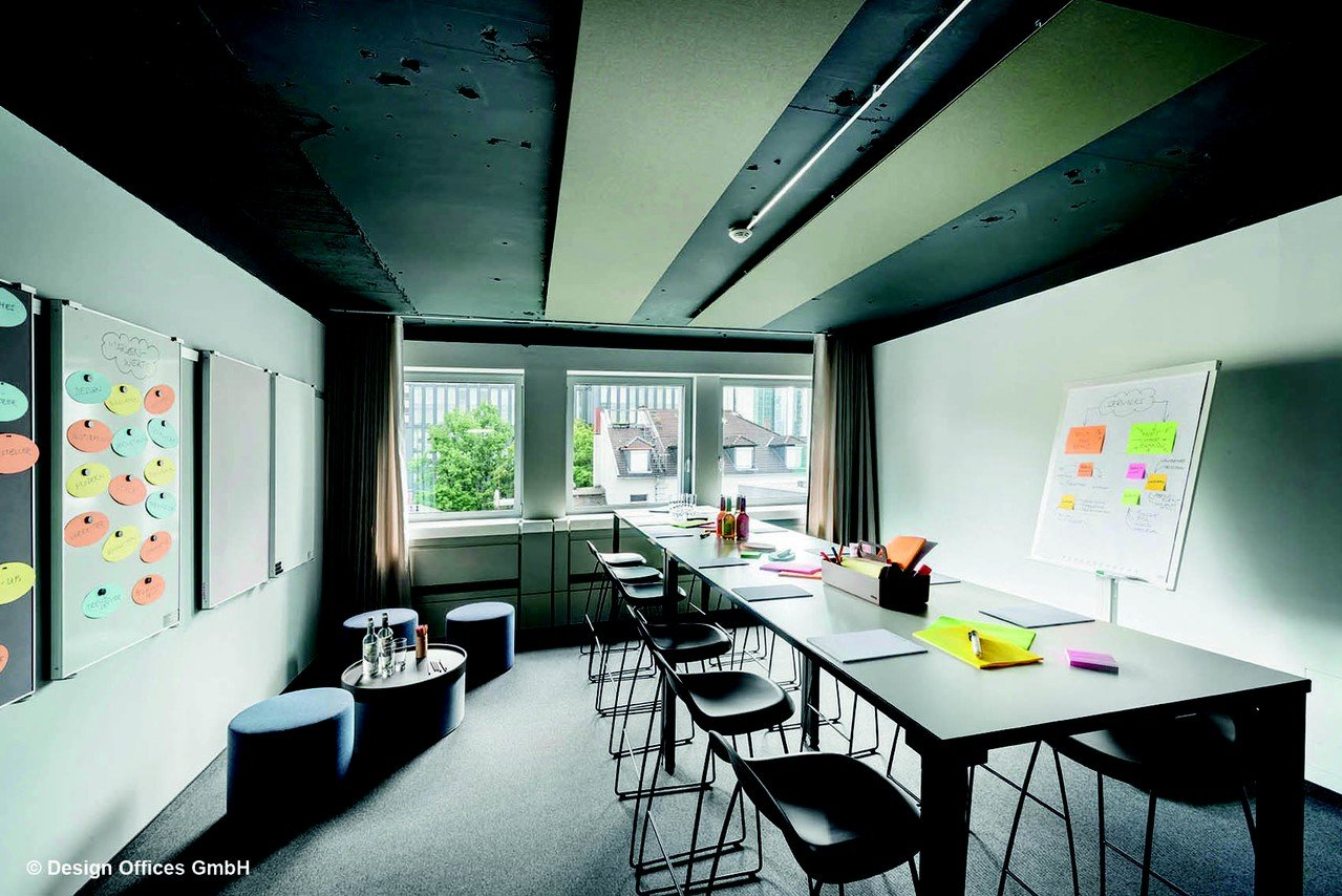 Frankfurt training rooms Meeting room Design Offices Frankfurt Barckhausstraße - Meet and Move Room I image 1