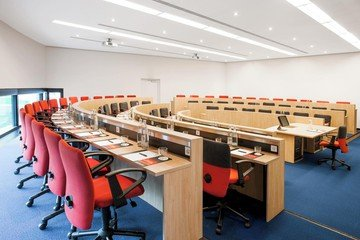 Frankfurt seminar rooms Meeting room Auditorium image 0