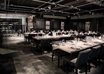 Berlin corporate event venues Restaurant Parker Bowles image 11
