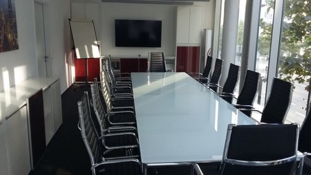 Frankfurt Train station meeting rooms Meeting room Centrally located Meeting Room Frankfurt image 0