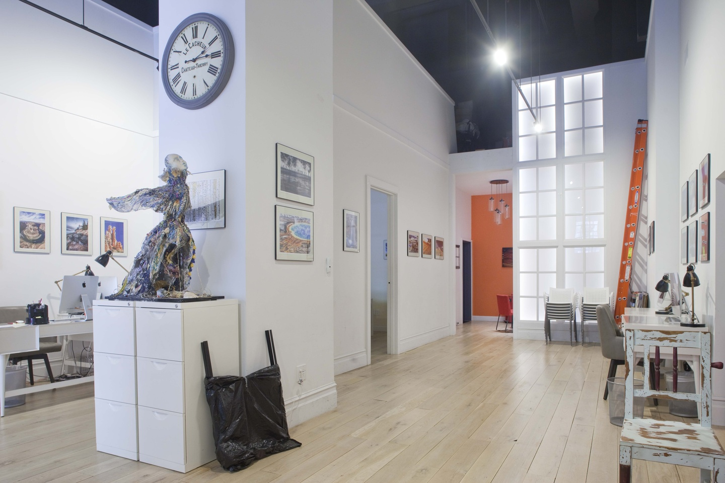 NYC workshop spaces Galerie d'art Evans NYC - Whole Space image 1