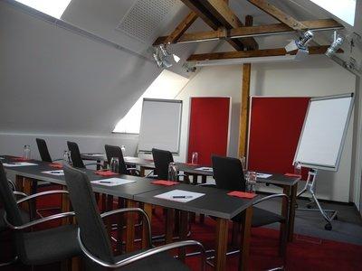 """Leipzig training rooms Meetingraum Seminarzentrum Leipzig - Raum """"Wissensflluss"""" image 0"""