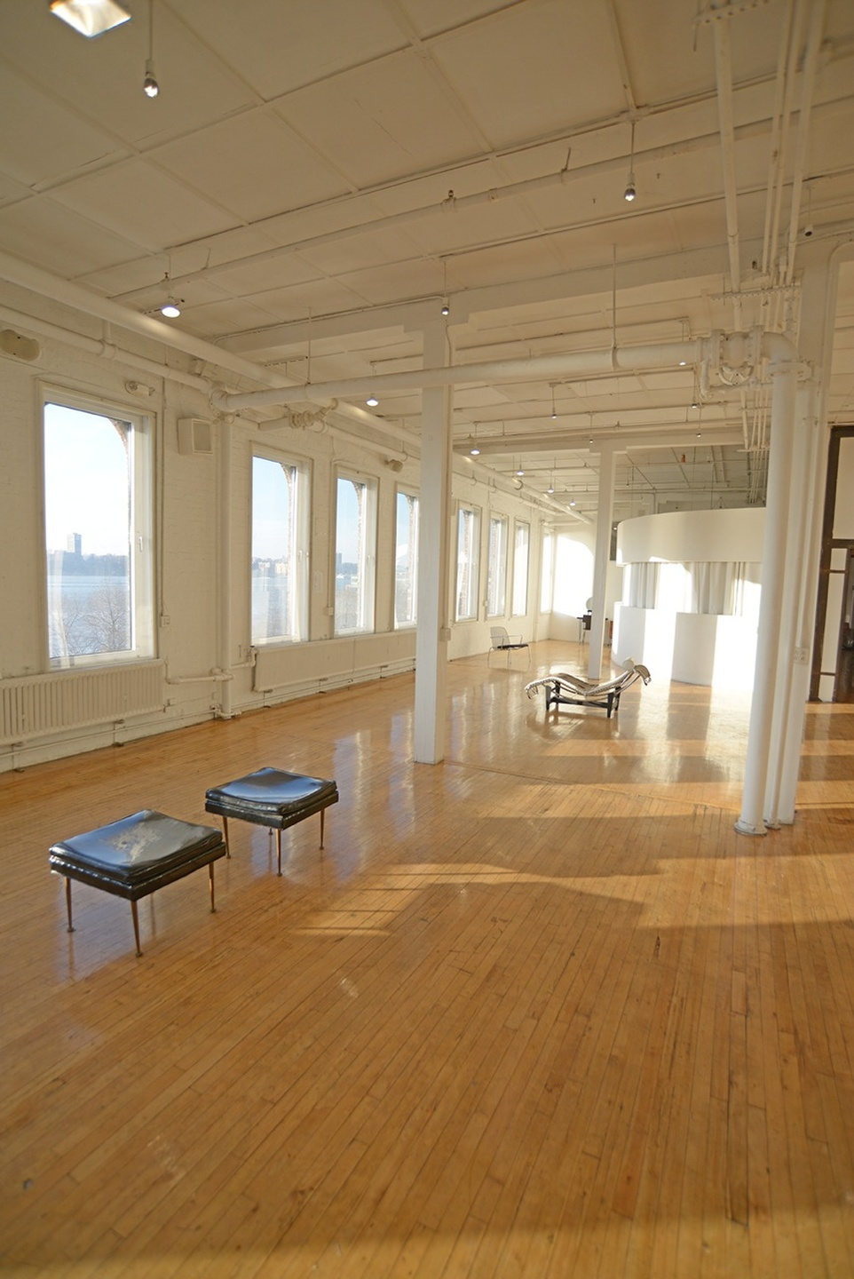 NYC corporate event venues Galerie d'art Michelson Studio image 2