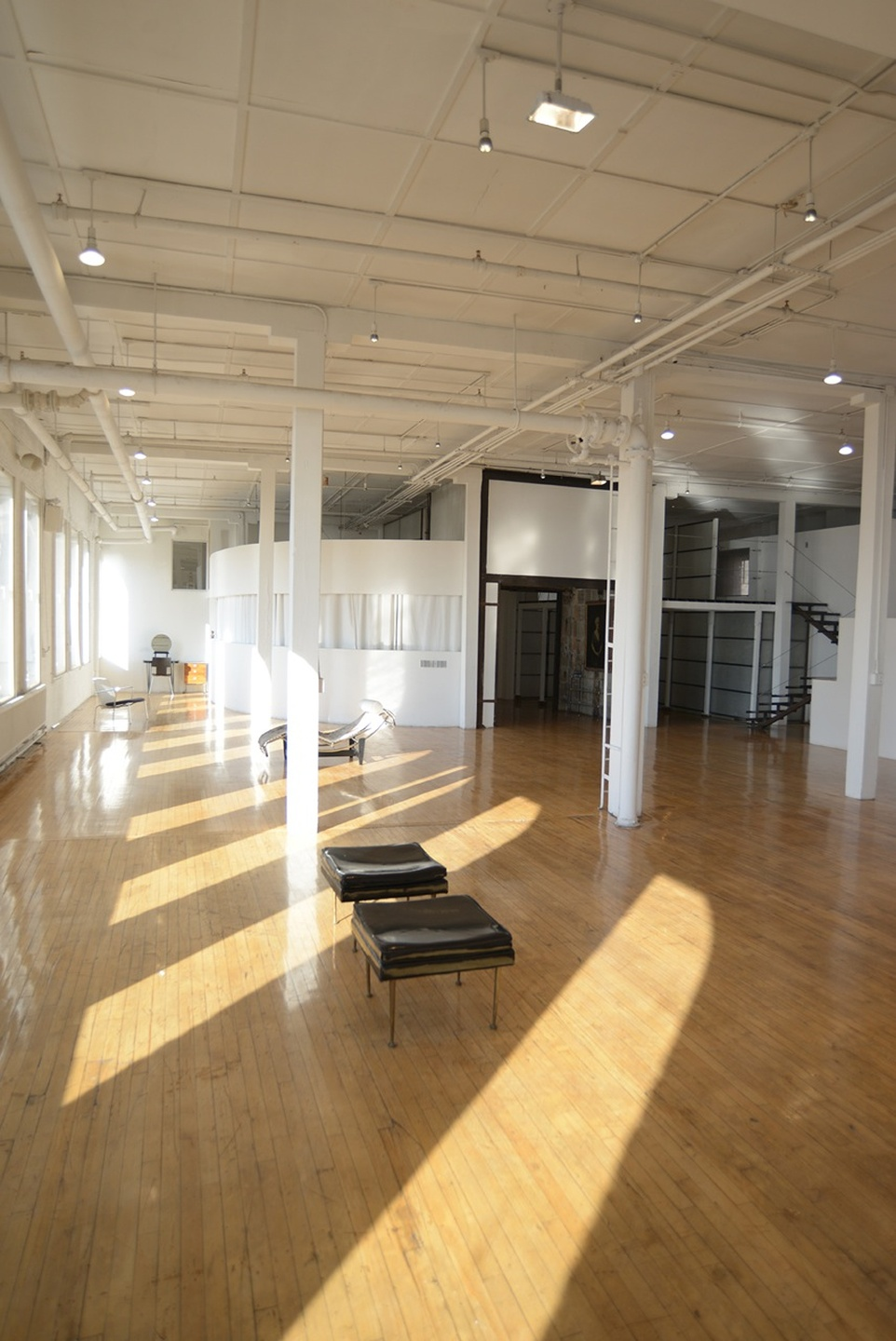 NYC corporate event venues Galerie d'art Michelson Studio image 1