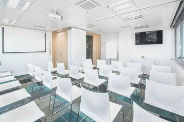 Barcelona conference rooms Meeting room  Luxury meeting room up to 40 people !  image 3