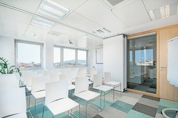 Barcelona conference rooms Meeting room  Luxury meeting room up to 40 people !  image 5