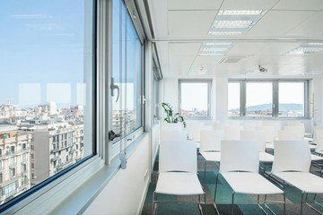Barcelona conference rooms Meeting room  Luxury meeting room up to 40 people !  image 6