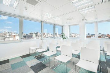 Barcelona conference rooms Meeting room  Luxury meeting room up to 40 people !  image 4