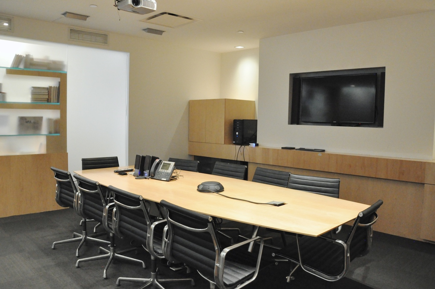 NYC conference rooms Meeting room Ledian Space image 0