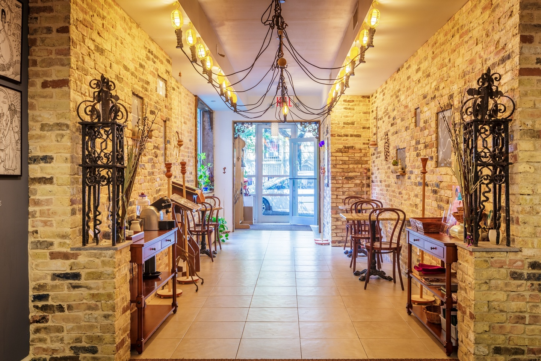 NYC workshop spaces Historische Gebäude Café Viktoria - Event Venue image 1