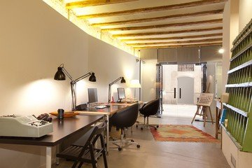 Barcelona training rooms Coworking Space EasyMeet El Born image 1