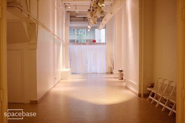 NYC corporate event venues Galerie Punto Space Studio A image 7