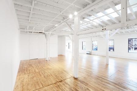 NYC corporate event venues Gallery Gowanus Loft image 8