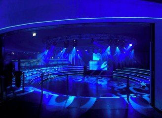 Berlin corporate event venues Party room Tempodrom - Small Arena image 4