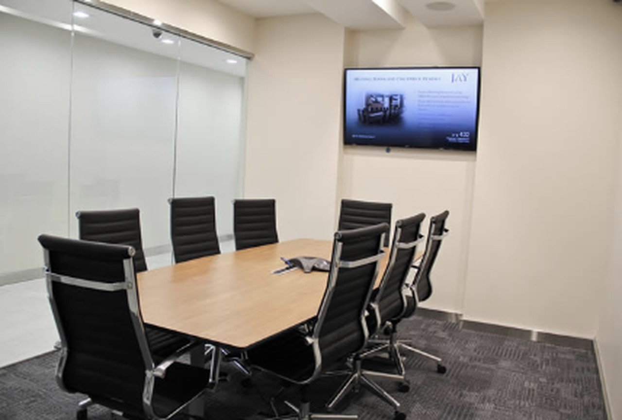 NYC conference rooms Meeting room Jay Suites  Times Square - Room F image 10