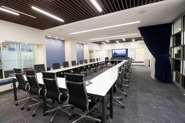 NYC seminar rooms Salle de réunion Jay Suites  Times Square - Room I image 0