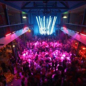 Leipzig corporate event venues Industriegebäude Opulenter und industrieller Ballsaal image 0