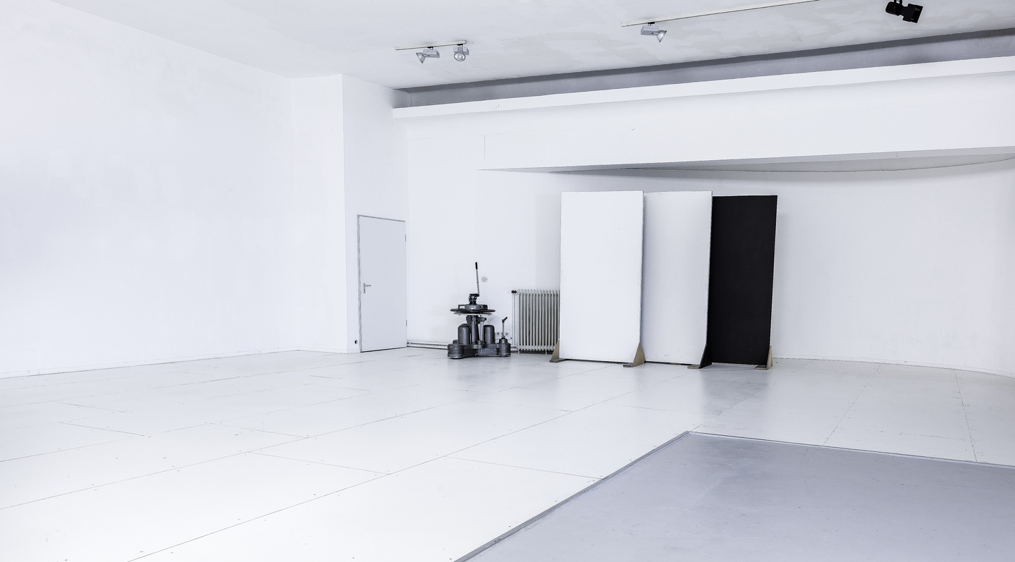 Hamburg workshop spaces Photography studio Studio229 image 2