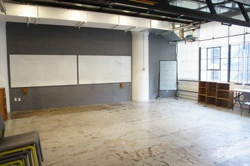 NYC seminar rooms Espace de Coworking Centre for Social Innovation - Classroom A image 2