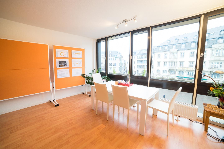 Cologne training rooms Salle de réunion jobwerker Büro image 1
