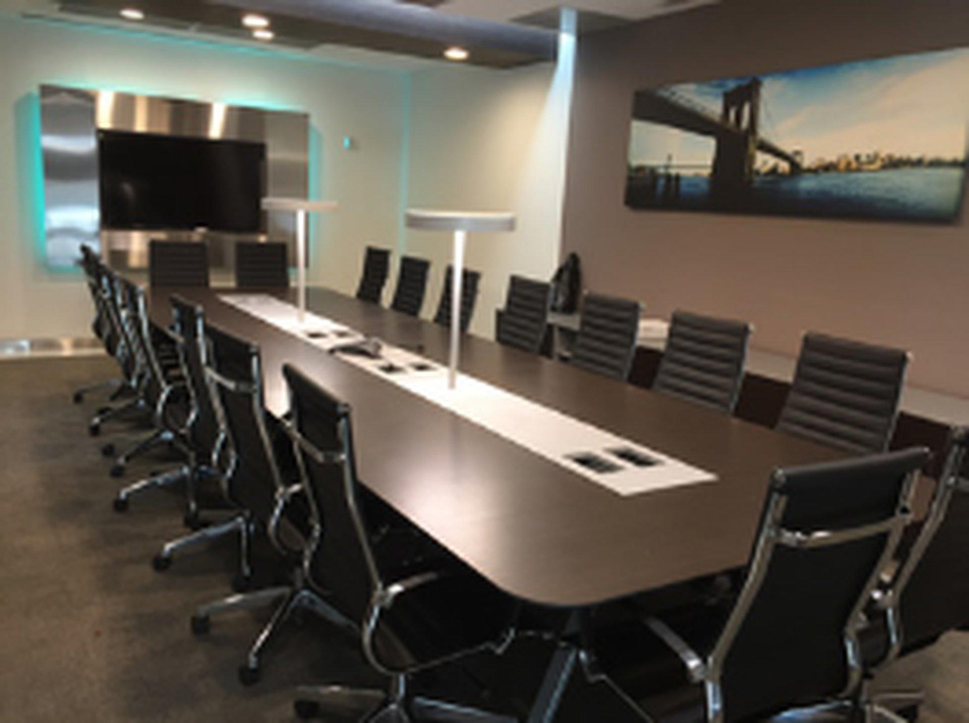 NYC seminar rooms Meeting room Jay Suites  34 th Street- Room D image 0